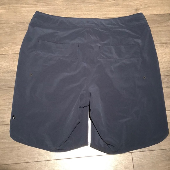 Men's Lululemon Shorts sz 34